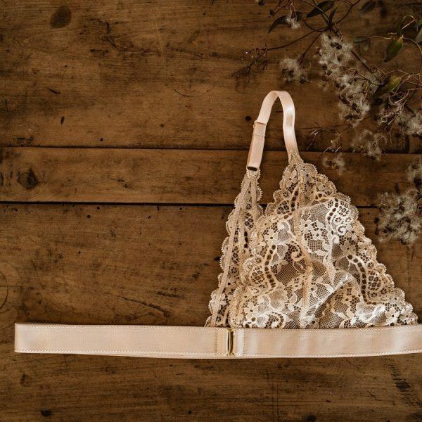 soutien-gorge mono-bonnet post-mastectomie en dentelle nude