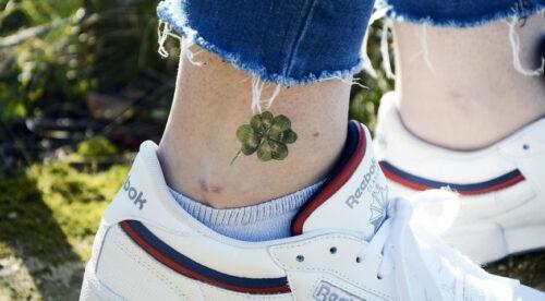 tatouage éphémère trèfle à 4 feuilles